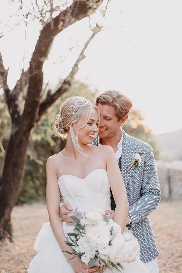 romantic-destination-wedding-corfu-pastel-colors_01x