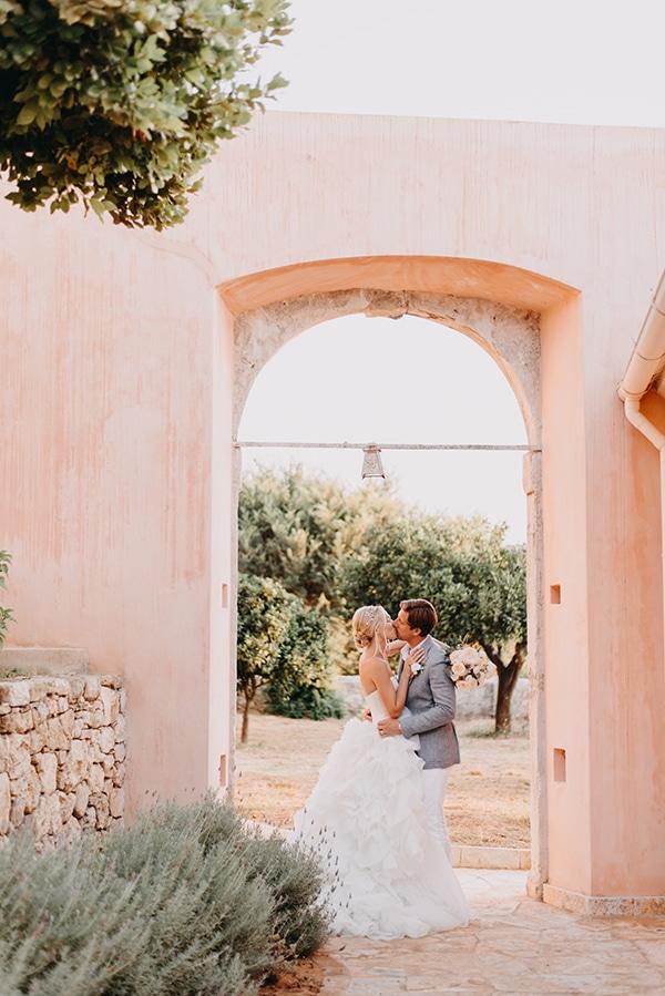 romantic-destination-wedding-corfu-pastel-colors_02