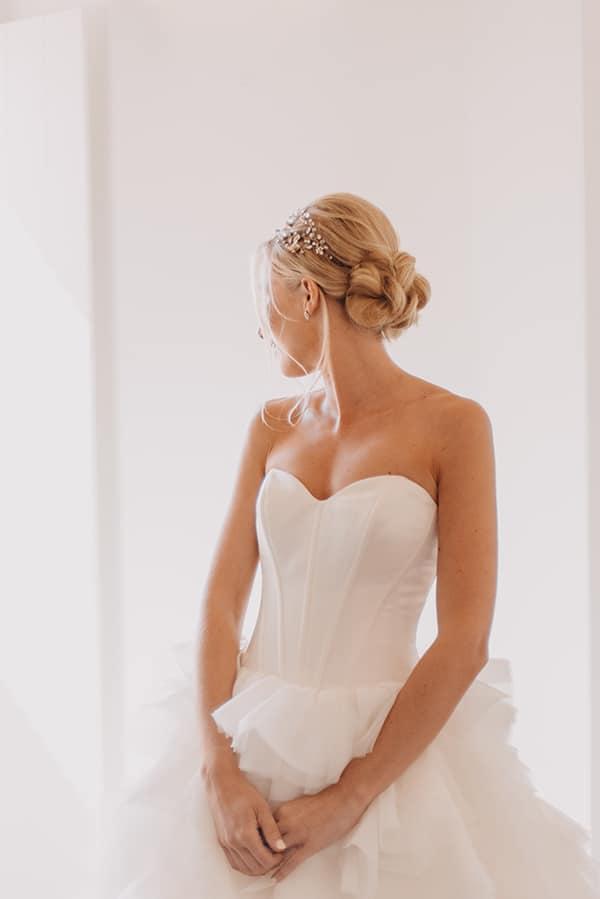 romantic-destination-wedding-corfu-pastel-colors_03x