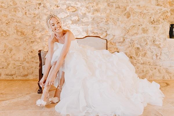 romantic-destination-wedding-corfu-pastel-colors_05