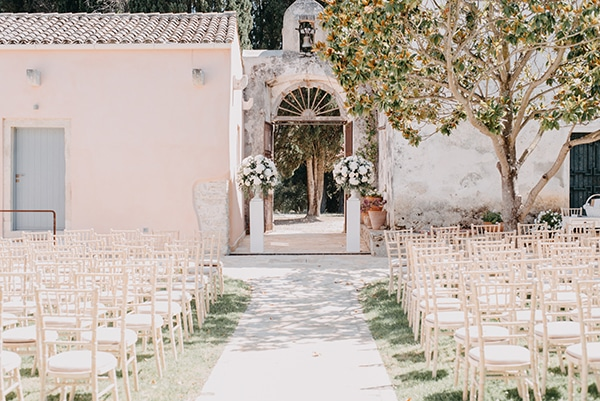 romantic-destination-wedding-corfu-pastel-colors_09
