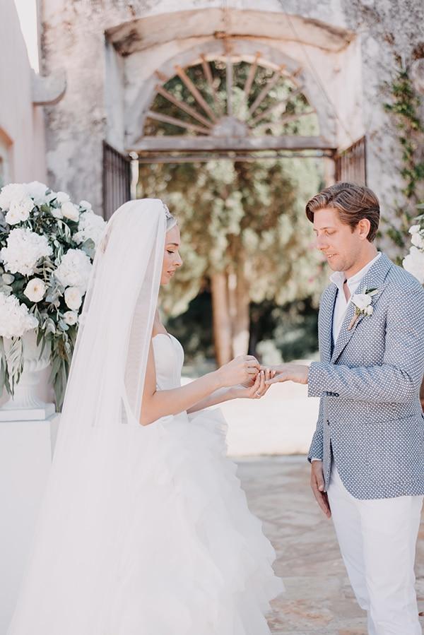 romantic-destination-wedding-corfu-pastel-colors_10