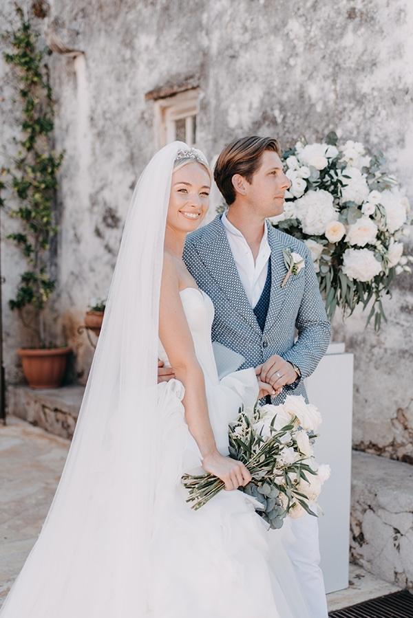 romantic-destination-wedding-corfu-pastel-colors_12