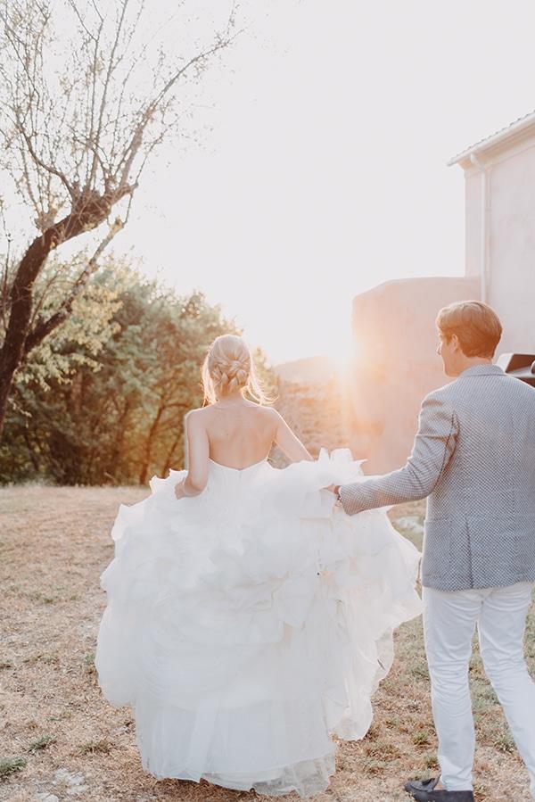 romantic-destination-wedding-corfu-pastel-colors_17