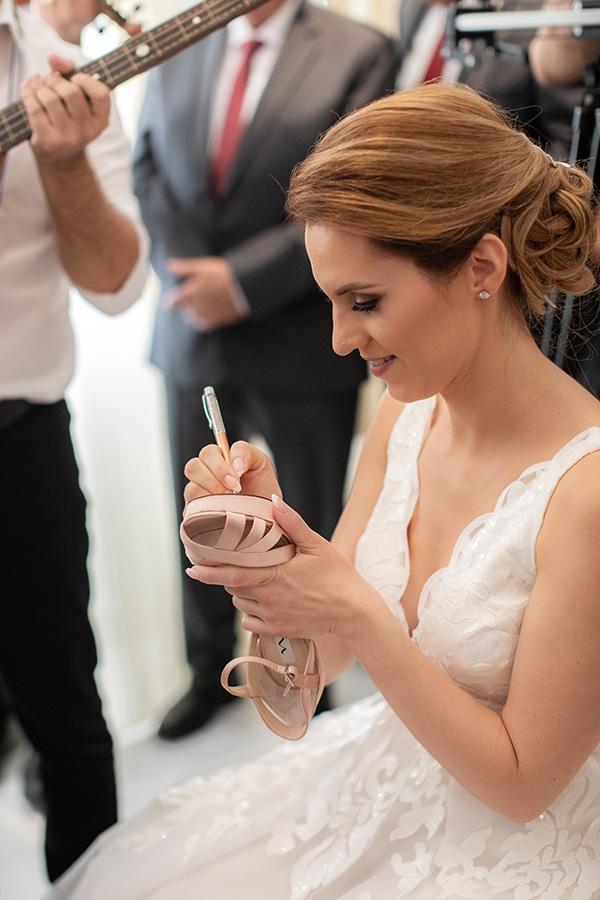 romantic-fall-wedding-nicosia-pastel-hues_08