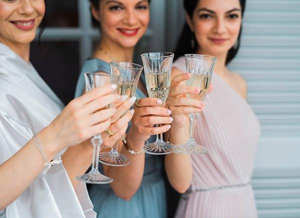 romantic-wedding-larisa-white-beige-colors_04