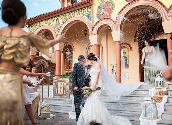 romantic-wedding-larisa-white-beige-colors_16