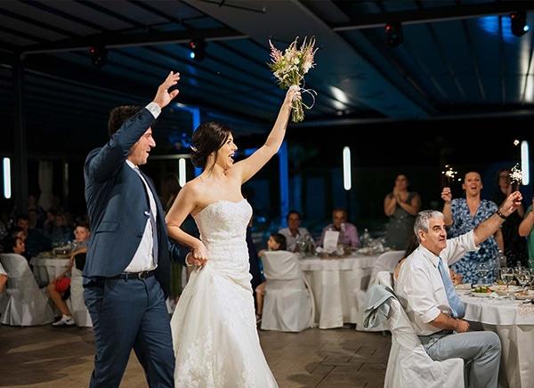 romantic-wedding-larisa-white-beige-colors_19