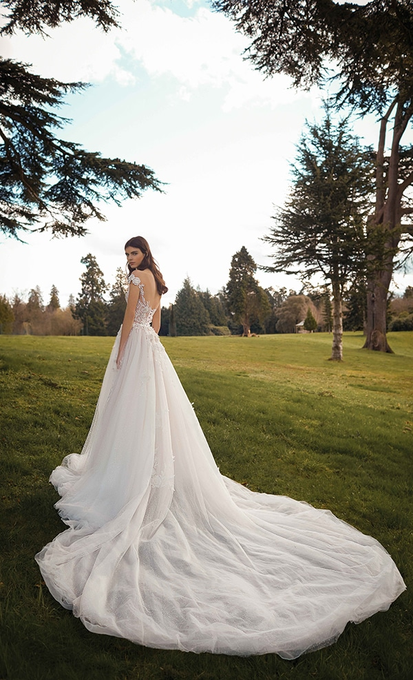 stunning-wedding-gowns-galia-lahav-bridal-collection-2021_02