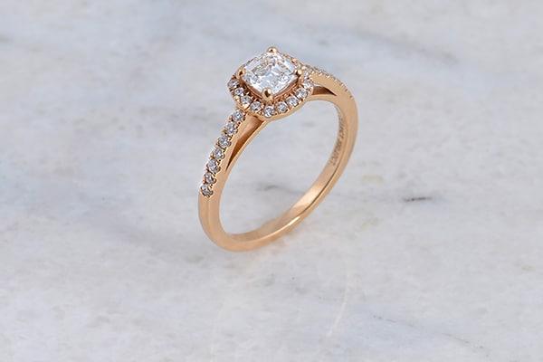 Μοναδικά δαχτυλίδια αρραβώνων από Spanos Fine Jewelry που ξεχωρίζουν με την κομψότητά τους
