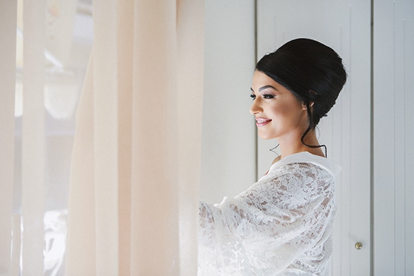 beautiful-fall-wedding-larisa-baby-breaths-romantic-details_05