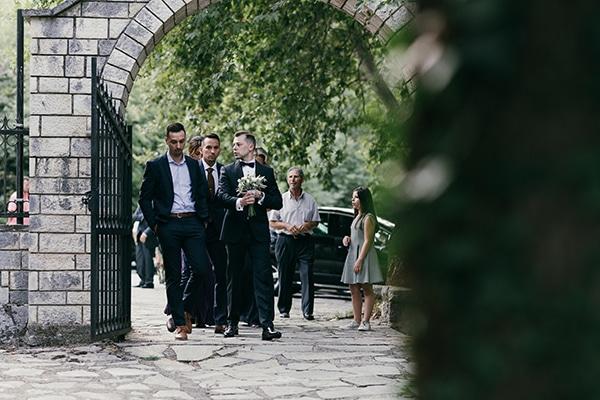 beautiful-summer-wedding-karditsa-romantic-accents_10