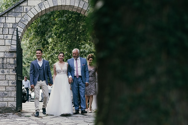 beautiful-summer-wedding-karditsa-romantic-accents_12