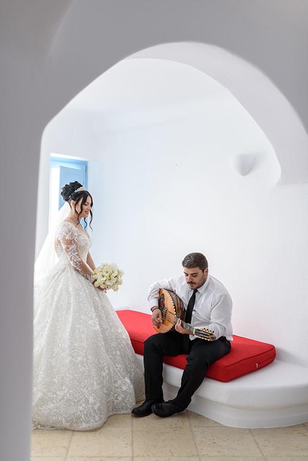 dreamy-wedding-santorini-island-orchids-roses_03x