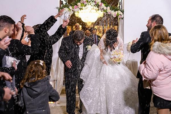 dreamy-wedding-santorini-island-orchids-roses_18