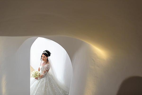 dreamy-wedding-santorini-island-orchids-roses_26