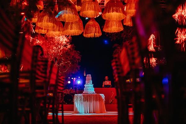 Ιδέες Φωτισμού που δημιουργούν την πιο όμορφη – ρομαντική ατμόσφαιρα στον γάμο σας