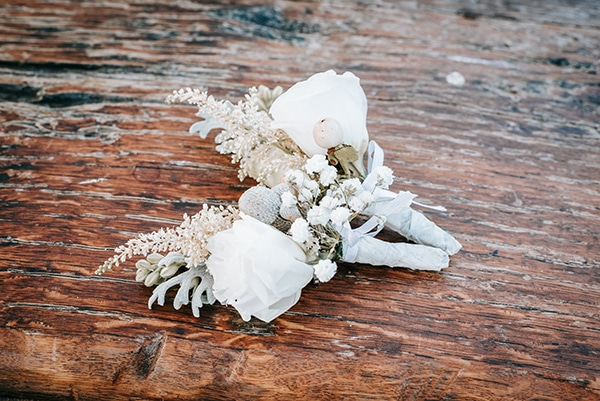 outdoor-summer-wedding-athens-white-flowers-romantic-details_05x