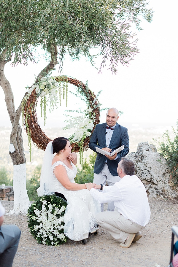 romantic-corfu-wedding-special-moments_13