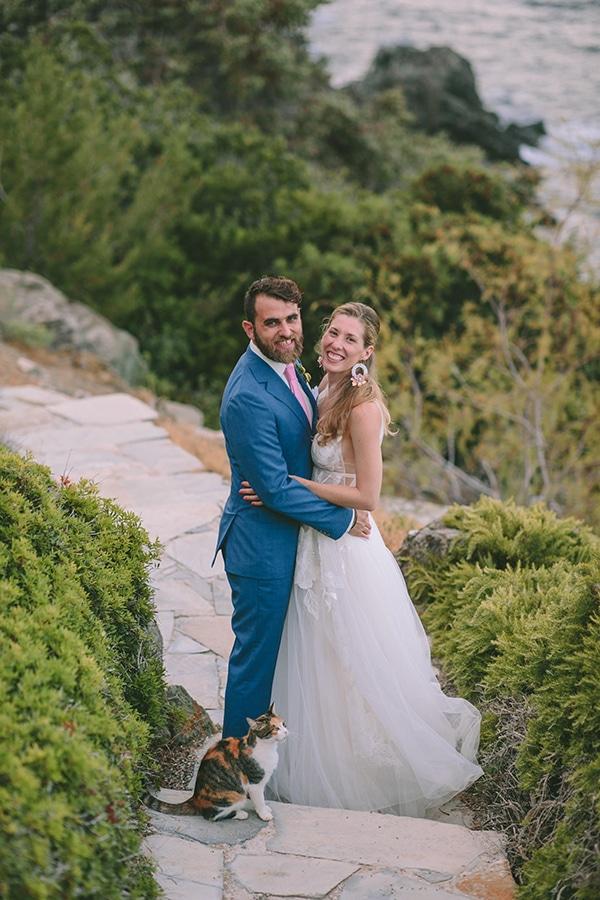 romantic-destination-wedding-evoia-bougainvillea-stunning-view_02x