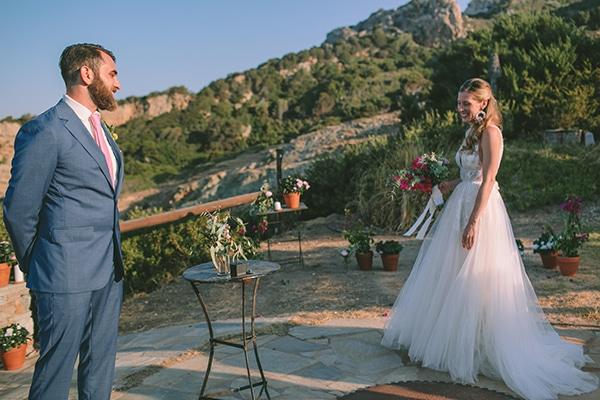 romantic-destination-wedding-evoia-bougainvillea-stunning-view_17