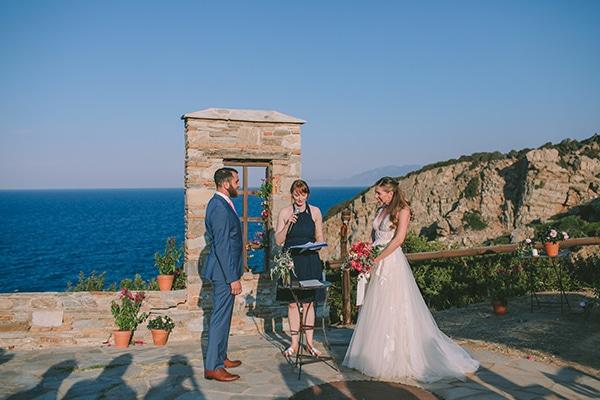 romantic-destination-wedding-evoia-bougainvillea-stunning-view_18