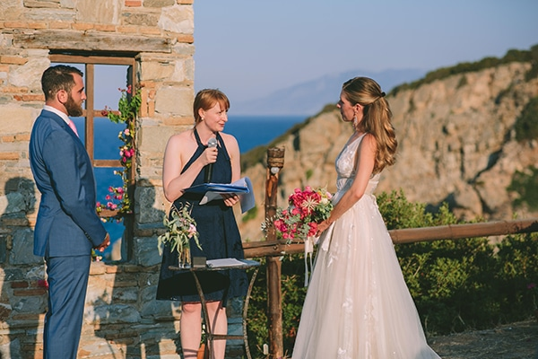 romantic-destination-wedding-evoia-bougainvillea-stunning-view_19