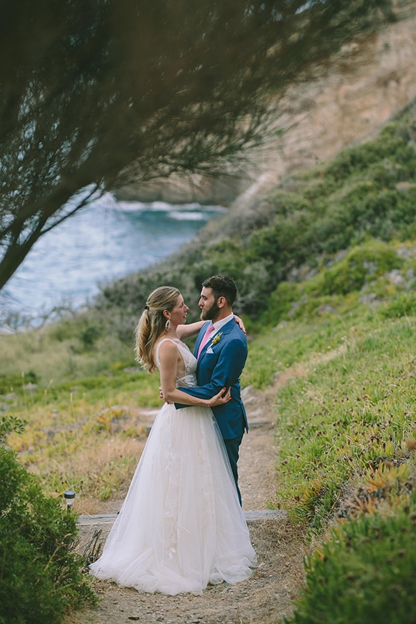 romantic-destination-wedding-evoia-bougainvillea-stunning-view_32