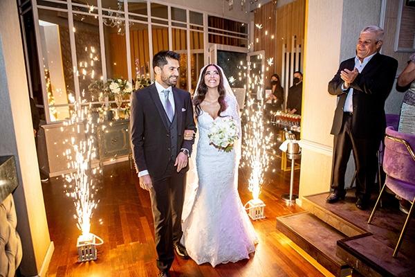 Ρομαντικός – παραμυθένιος γάμος στη Ρόδο στα χρώματα του λευκού και του απαλού ροζ│ Γκιουλσάχ & Σάββας