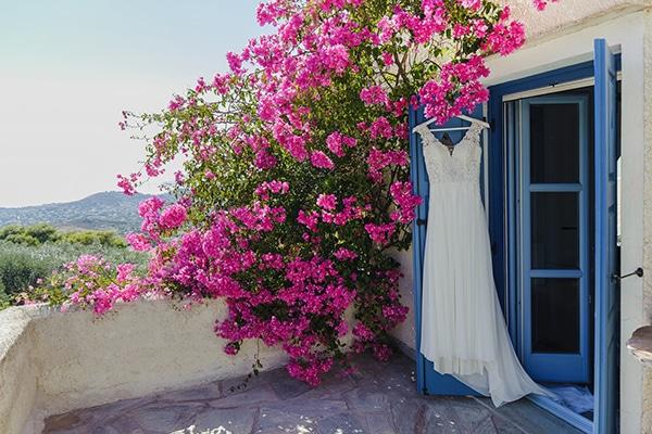 romantic-summer-wedding-athens-baby-breath-chamomile_03x