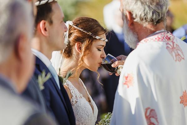 romantic-summer-wedding-athens-baby-breath-chamomile_15