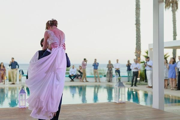 romantic-summer-wedding-athens-baby-breath-chamomile_20
