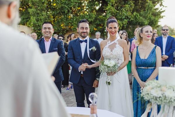 romantic-summer-wedding-athens-peonies-baby-breath_08