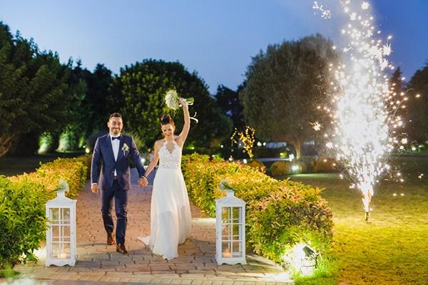 romantic-summer-wedding-athens-peonies-baby-breath_13