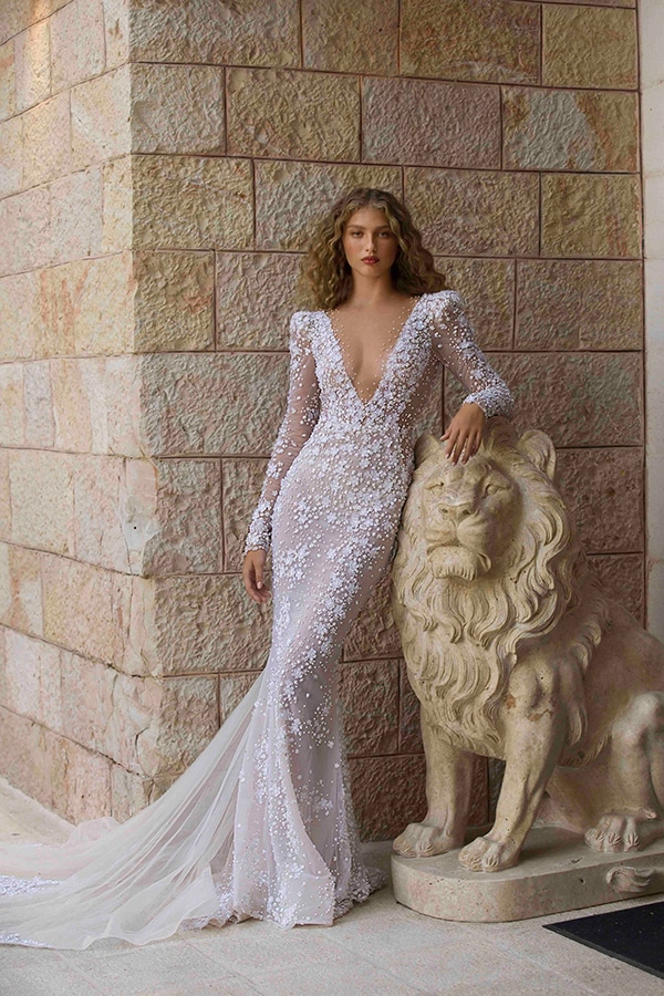 stylish-wedding-dresses-berta-ultra-femine-bridal-look_03
