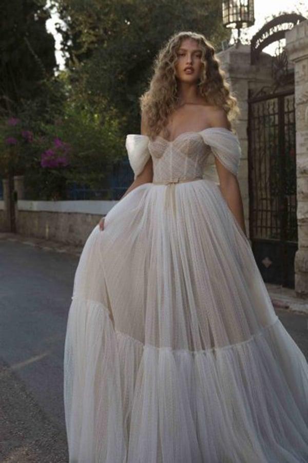 stylish-wedding-dresses-berta-ultra-femine-bridal-look_04