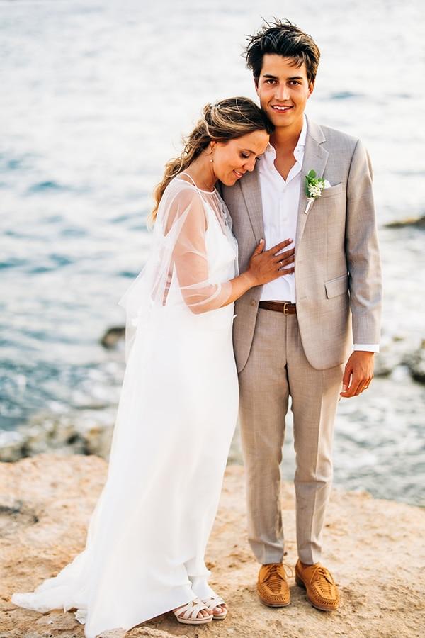 summer-destination-wedding-fuchsia-bougainvillea_01