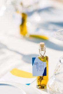 Μπομπονιέρα γάμου – ελαιόλαδο σε γυάλινο μπουκαλάκι