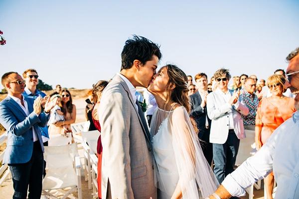 summer-destination-wedding-fuchsia-bougainvillea_20