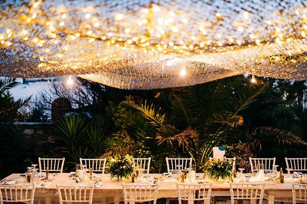 summer-destination-wedding-fuchsia-bougainvillea_36
