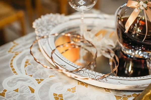 summer-wedding-larissa-baby-breath-details_12