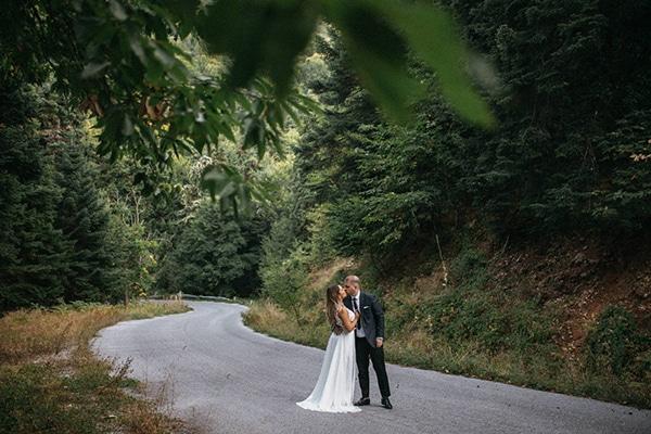 summer-wedding-larissa-baby-breath-details_25