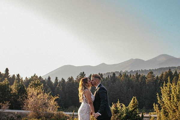 summer-wedding-larissa-baby-breath-details_28