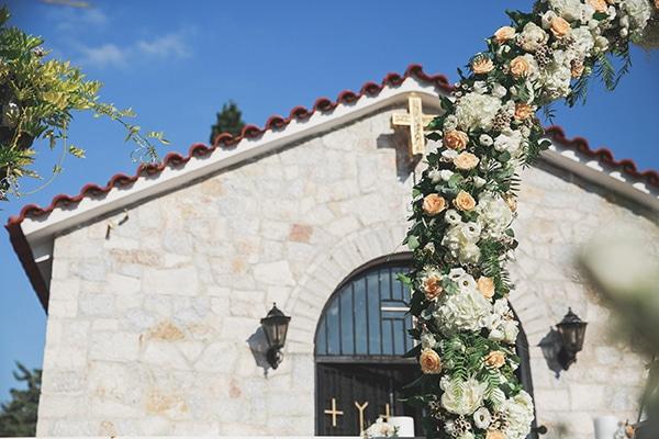 summer-wedding-pyrgos-petreza-lush-floral-romantic-vibe_10