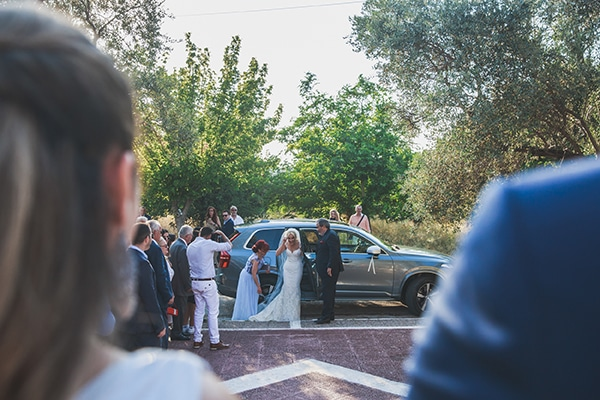summer-wedding-pyrgos-petreza-lush-floral-romantic-vibe_14