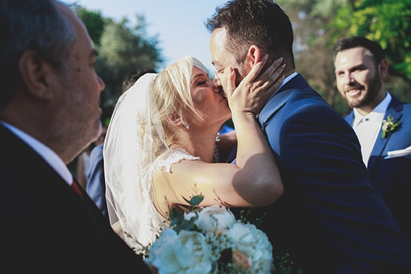 summer-wedding-pyrgos-petreza-lush-floral-romantic-vibe_15