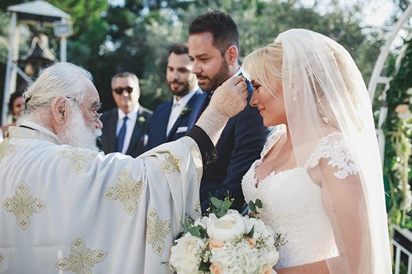 summer-wedding-pyrgos-petreza-lush-floral-romantic-vibe_18