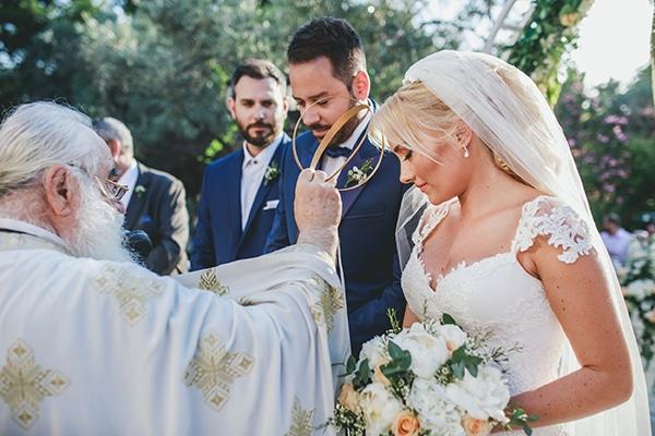 summer-wedding-pyrgos-petreza-lush-floral-romantic-vibe_19