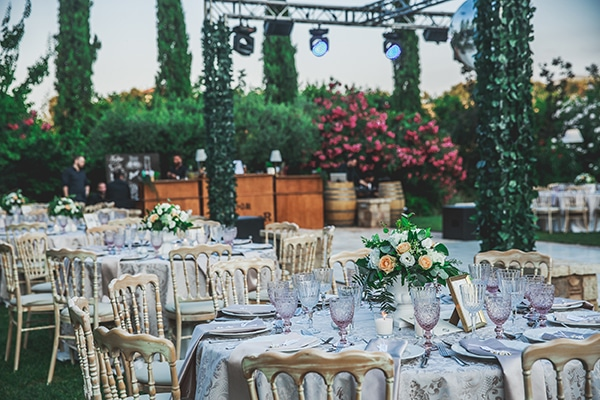 summer-wedding-pyrgos-petreza-lush-floral-romantic-vibe_30