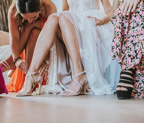 beautiful-summer-wedding-athens-coral-bohemian-details_05x